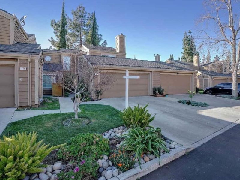 Top Realtor listing agent in Livermore Tyler Moxley