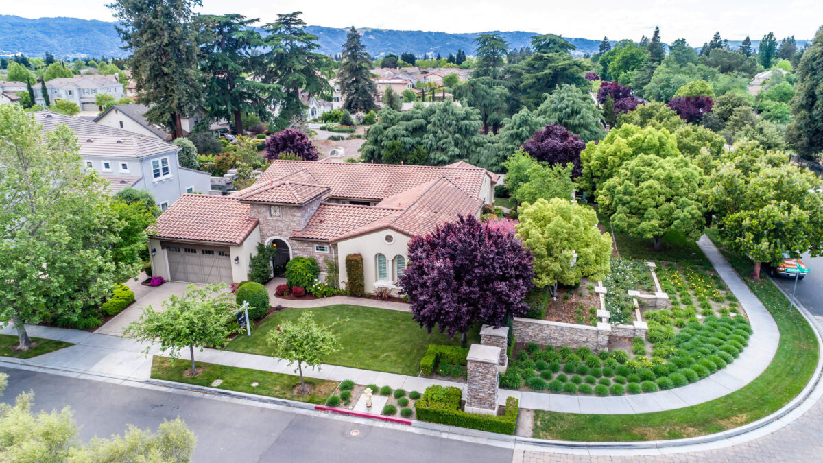 homes with mature trees in Pleasanton